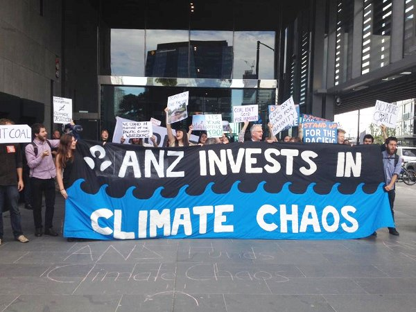 Pacific Climate Warriors join occupation of ANZ Bank Headquarters in Melbourne. Photo: 350.org (CC BY-NC-SA 2.0)