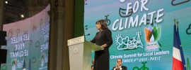 City summit commits to 100 percent #renewables by 2050 #go100RE reports @takvera from #COP21