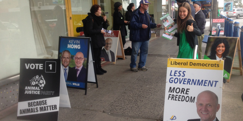 Wills2016-Glenroy-pre-poll-IMG_2611-feature